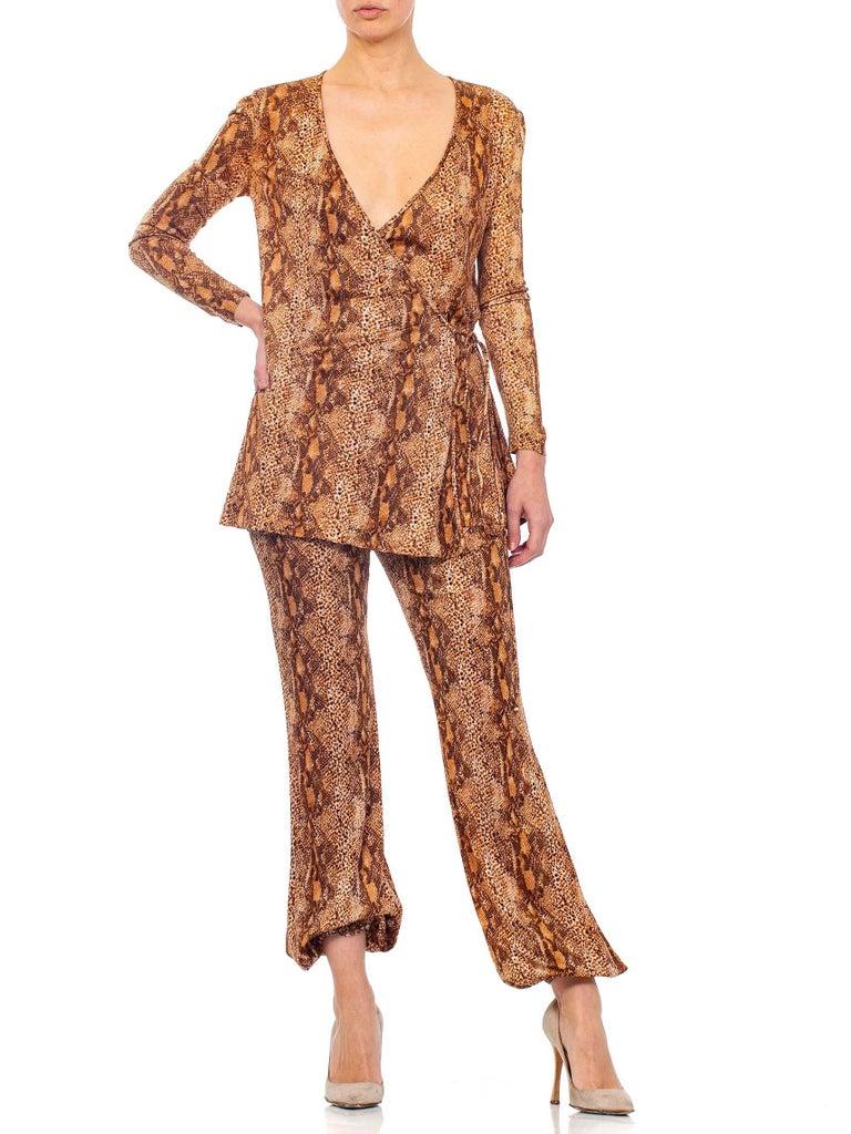 1970S Brown Snake Print Polyester Jersey Wrap Top Ensemble For Sale 5