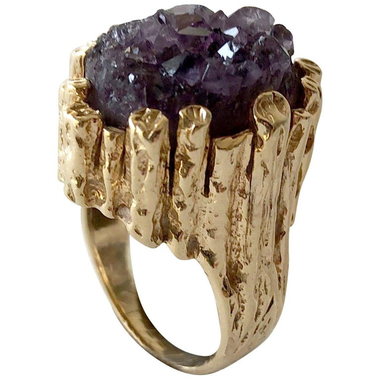 1970s Brutalist 14 Karat Gold Amethyst Druzy Cocktail Ring For Sale