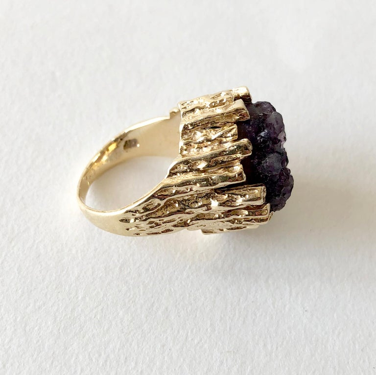 Artisan 1970s Brutalist Gold Amethyst Druzy Cocktail Ring For Sale
