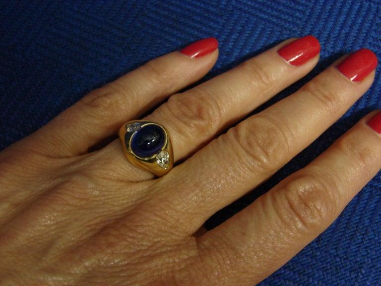 1970s Bulgari Cabochon Sapphire Diamond Gold Ring For Sale 5