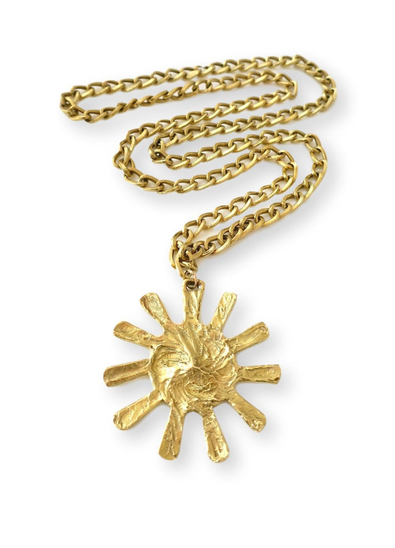 70's Unisex Chain Necklace by Bulgari. The 18k  2