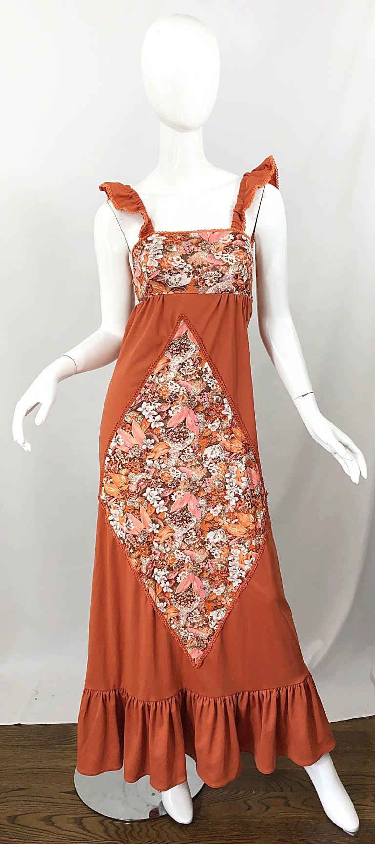 1970s Burnt Orange Patchwork Flowers Boho Vintage 70s Jersey Autumnal Maxi Dress For Sale 9