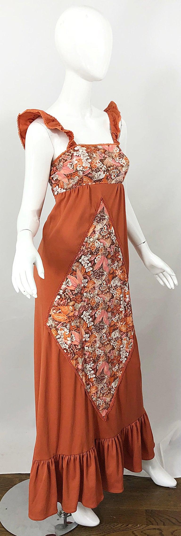 1970s Burnt Orange Patchwork Flowers Boho Vintage 70s Jersey Autumnal Maxi Dress For Sale 2