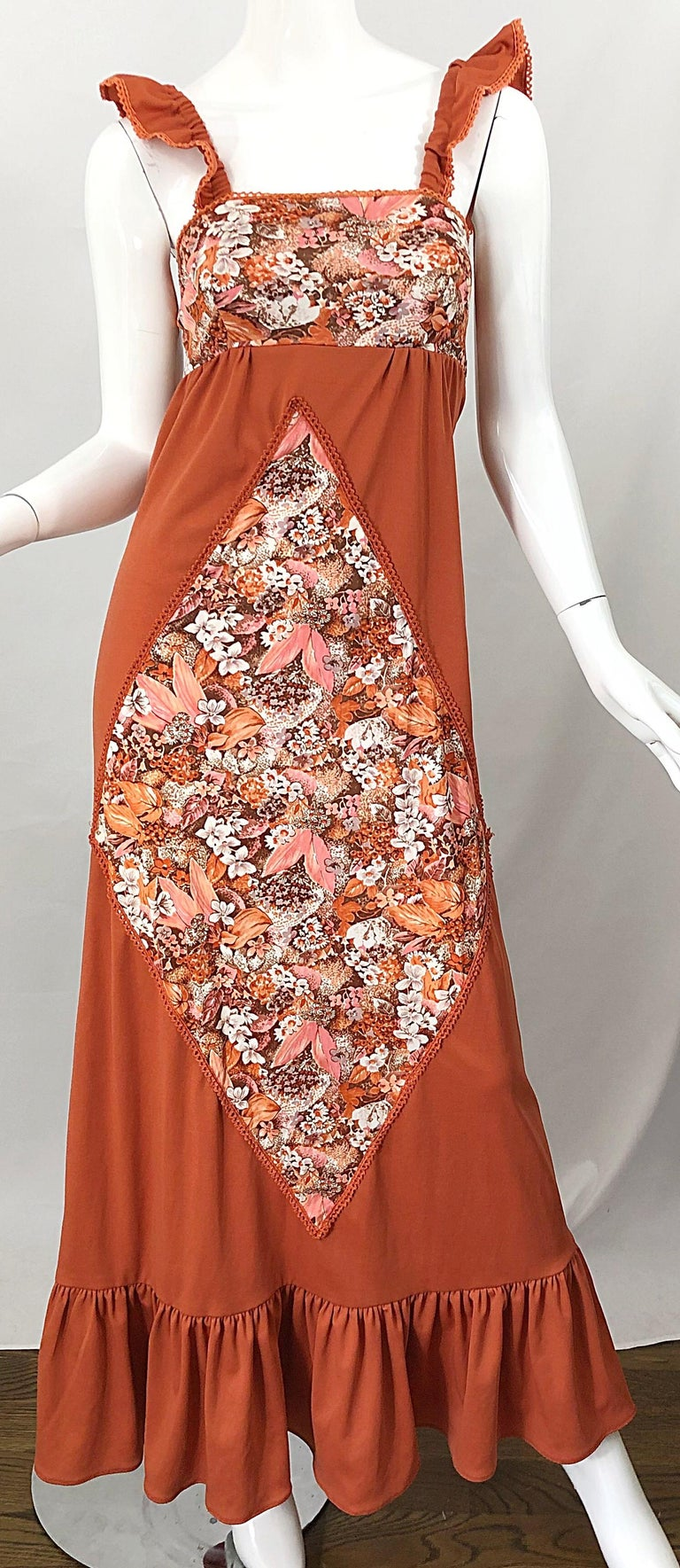 1970s Burnt Orange Patchwork Flowers Boho Vintage 70s Jersey Autumnal Maxi Dress For Sale 4