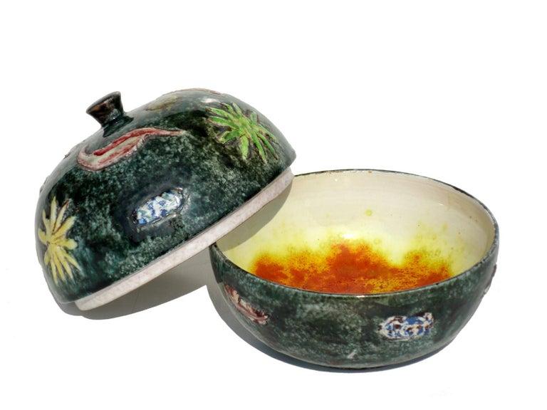 Mid-Century Modern 1970s by Tassinari Faenza Italian Pottery Ceramic Box For Sale
