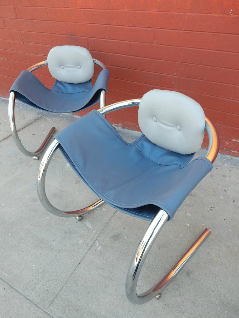 1970s Cantilever Chrome Lounge Chairs by Byron Botker for Landes of California In Good Condition For Sale In Las Vegas, NV