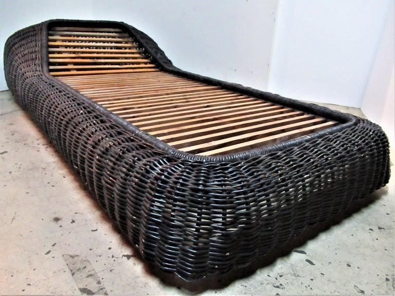 1970s casa bella italian wicker chaise lounge by vivai del