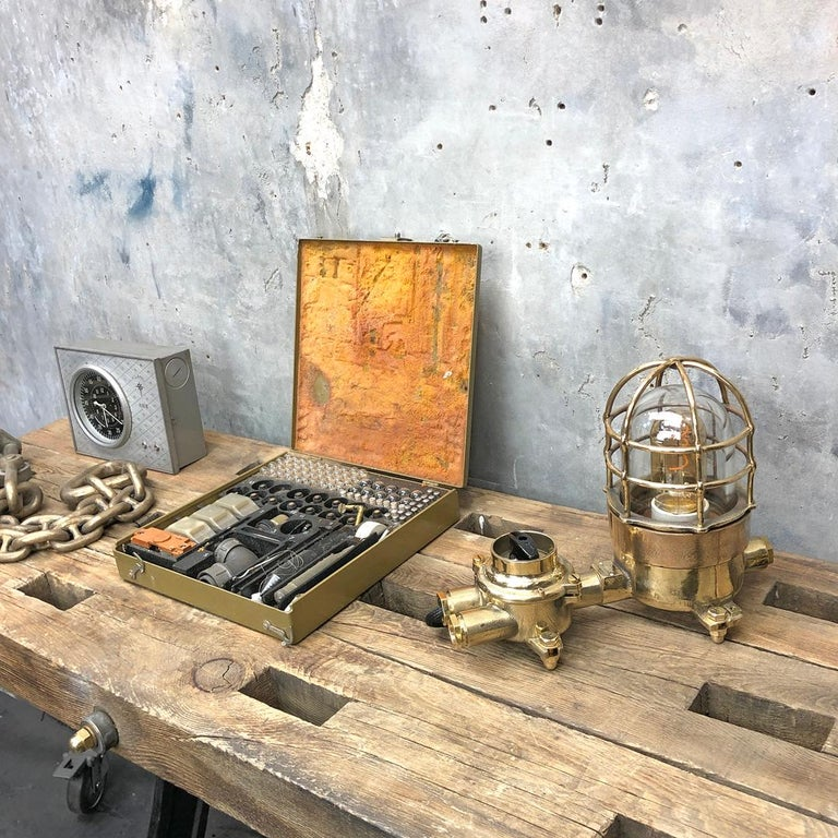 1970s Cast Brass and Bronze Explosion Proof Table Lamp with Isolator Switch For Sale 10