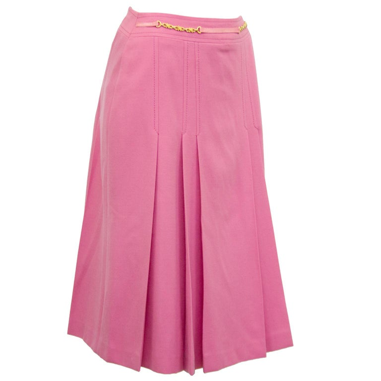 1970s Celine Pink Pleated Wool Skirt  In Excellent Condition For Sale In Toronto, Ontario