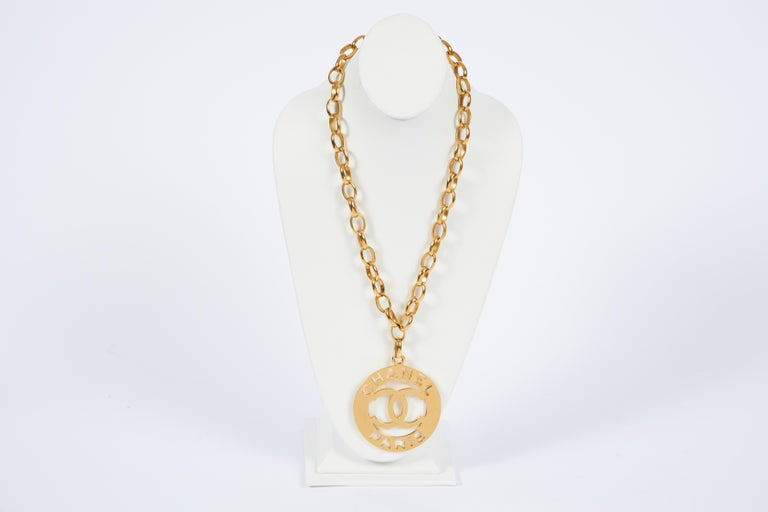 Chanel rare and collectible oversized round cc pendant necklace. Pendant 3