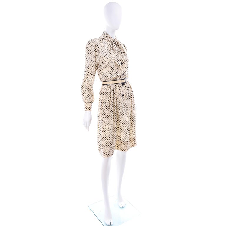 1970s Chanel Vintage Cream Black Tulip Print Silk Day Dress  In Excellent Condition For Sale In Portland, OR