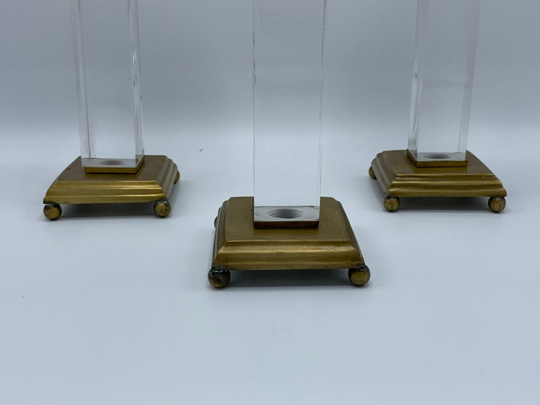 20th Century 1970s Charles Hollis Jones Style Lucite and Brass Candlesticks, Set of 3 For Sale