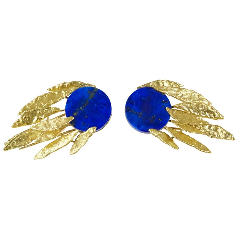 1970s Chaumet Lapis Lazuli and Gold Brooch Set For Sale