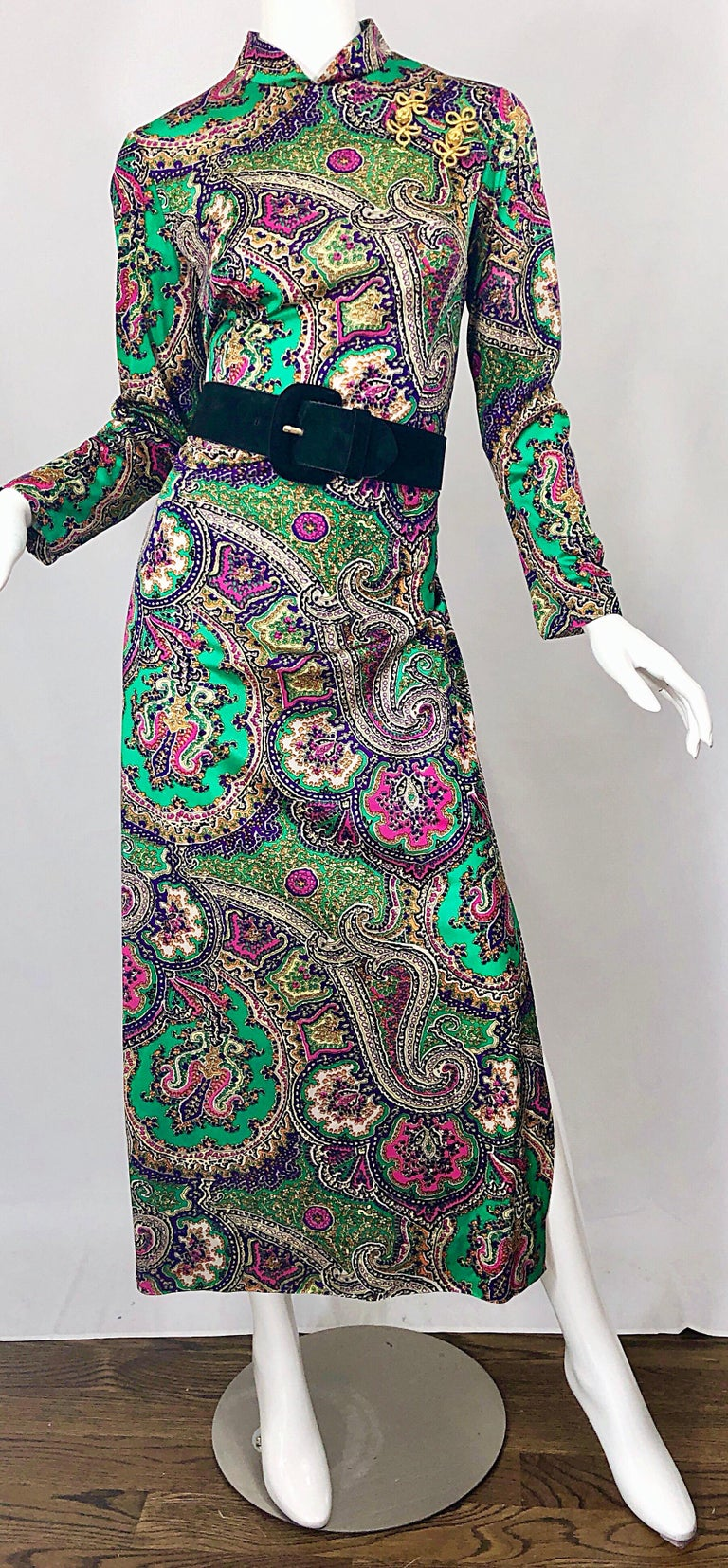 1970s Cheongsam Inspired Colorful Paisley Print Jersey Long Sleeve Maxi Dress For Sale 1