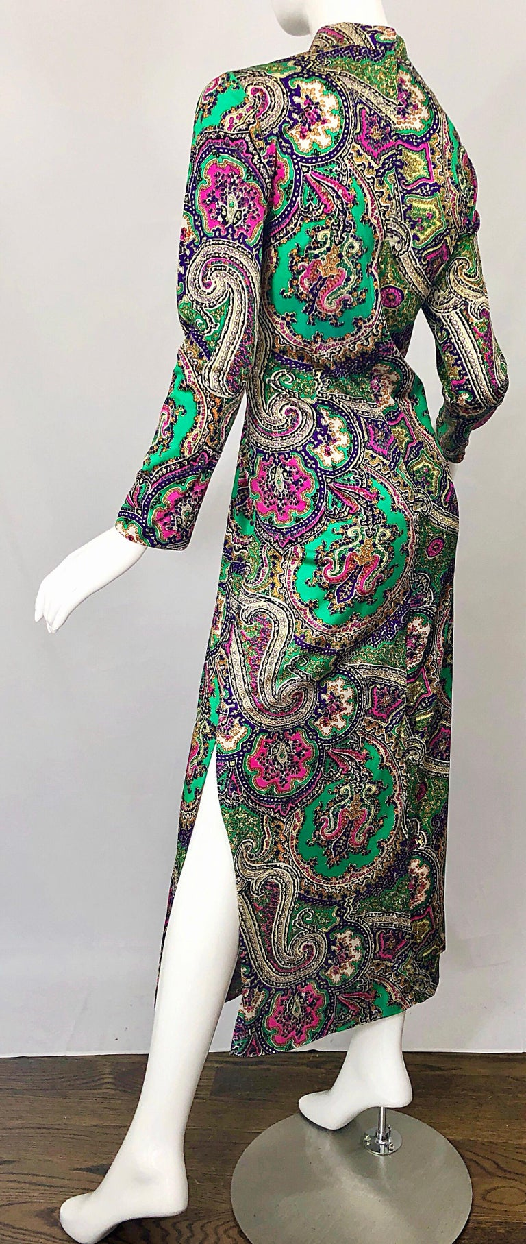1970s Cheongsam Inspired Colorful Paisley Print Jersey Long Sleeve Maxi Dress For Sale 3