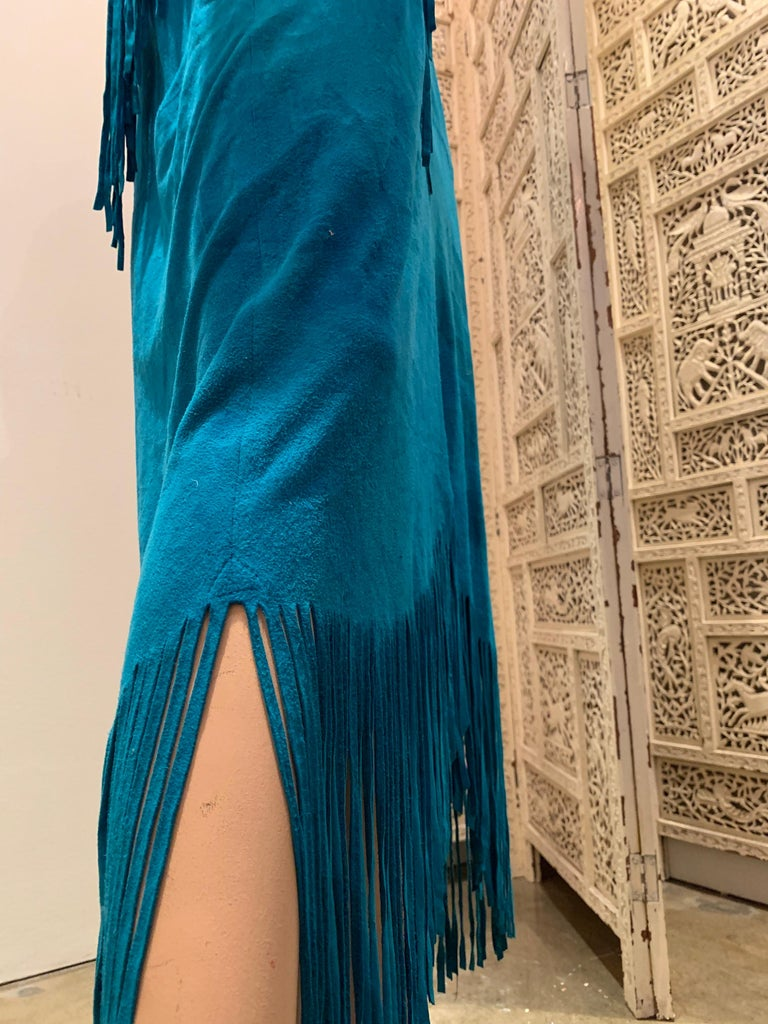 1970s Chic Skins Turquoise Suede Caftan W/ Suede & Heavy Beadwork Fringe  For Sale 7