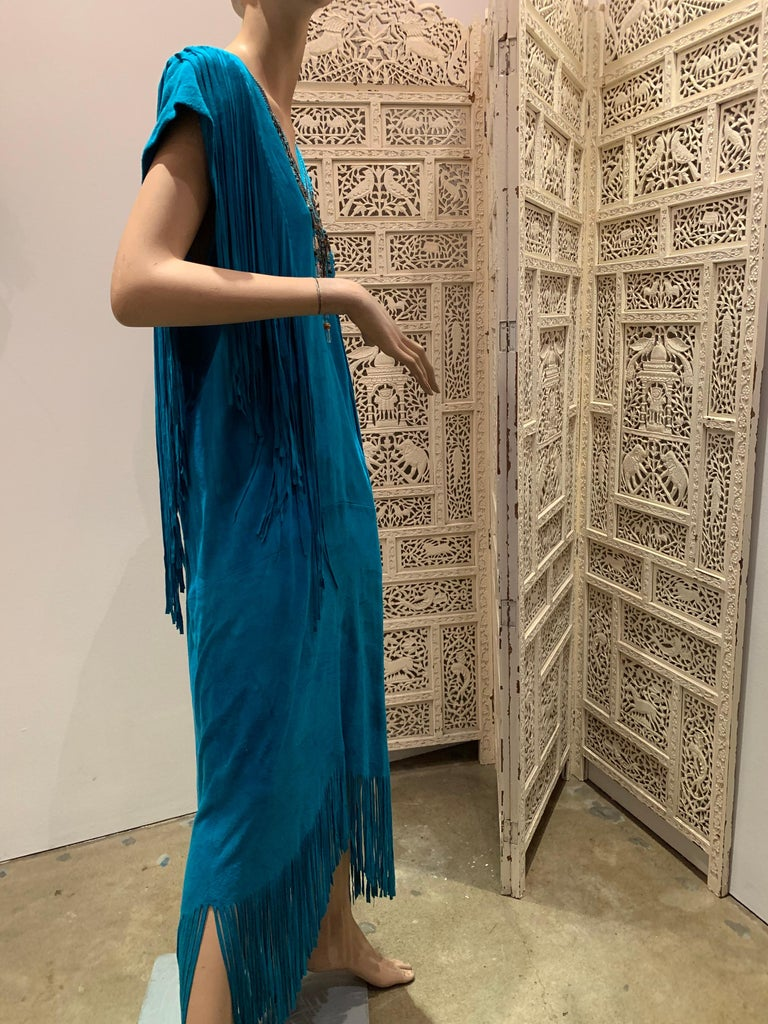 1970s Chic Skins Turquoise Suede Caftan W/ Suede & Heavy Beadwork Fringe  For Sale 8