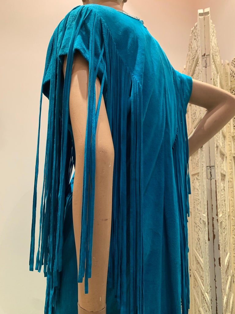 1970s Chic Skins Turquoise Suede Caftan W/ Suede & Heavy Beadwork Fringe  For Sale 10