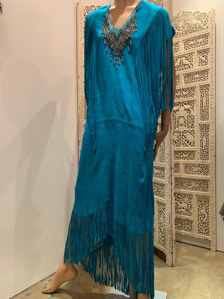 1970s Chic Skins Turquoise Suede Caftan W/ Suede & Heavy Beadwork Fringe  For Sale 12