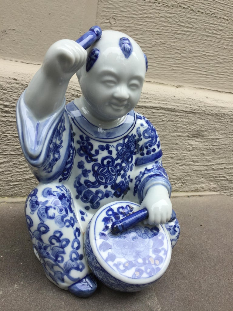Hand-Painted 1970s, Chinoiserie Blue and White Porcelain Sculpture Baby Buddha with Drum For Sale