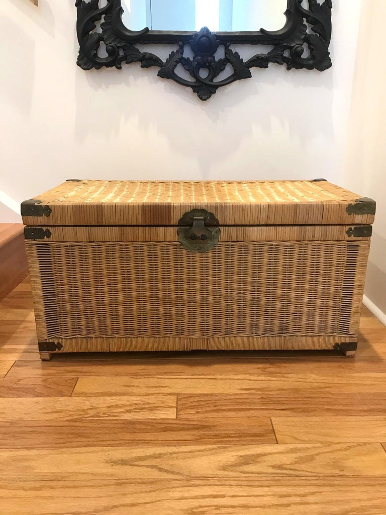 Chinese 1970s Chinoiserie Handwoven Wicker Trunk or Blanket Chest with Brass Hardware For Sale
