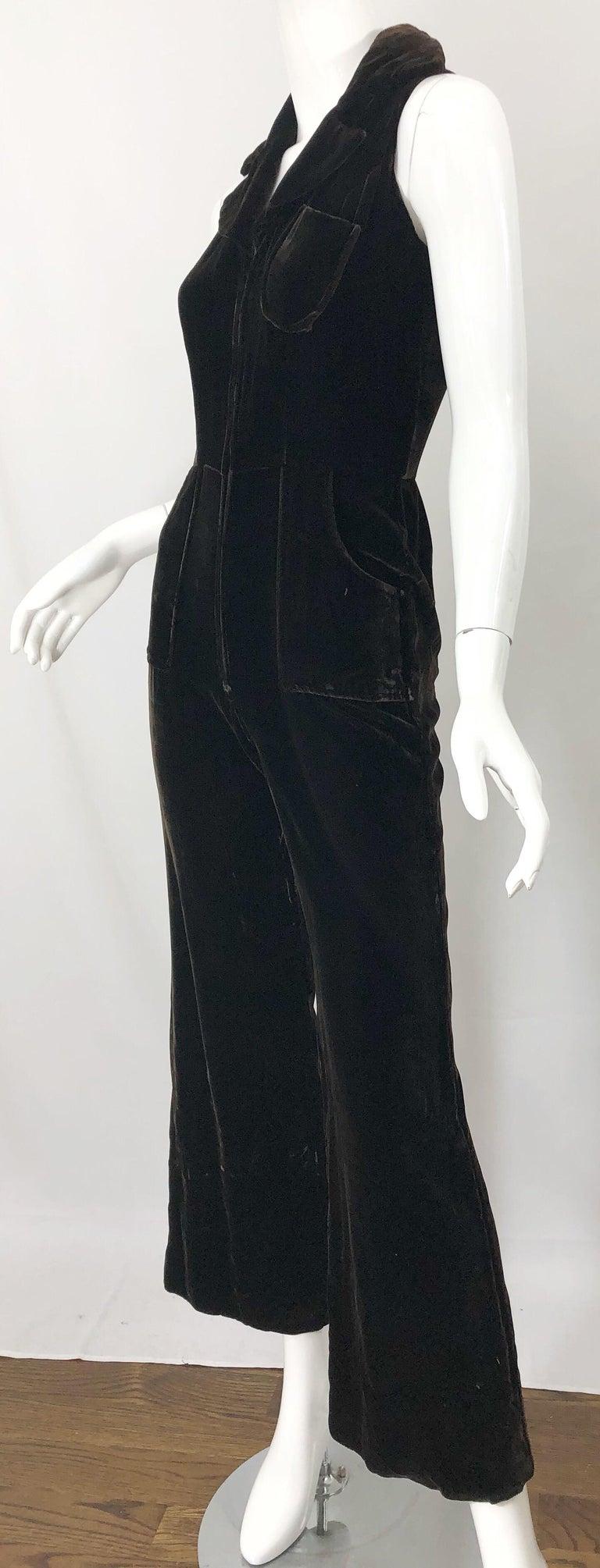1970s Chocolate Brown Velvet Sleeveless Bell Bottom Wide Leg Vintage Jumpsuit  For Sale 6
