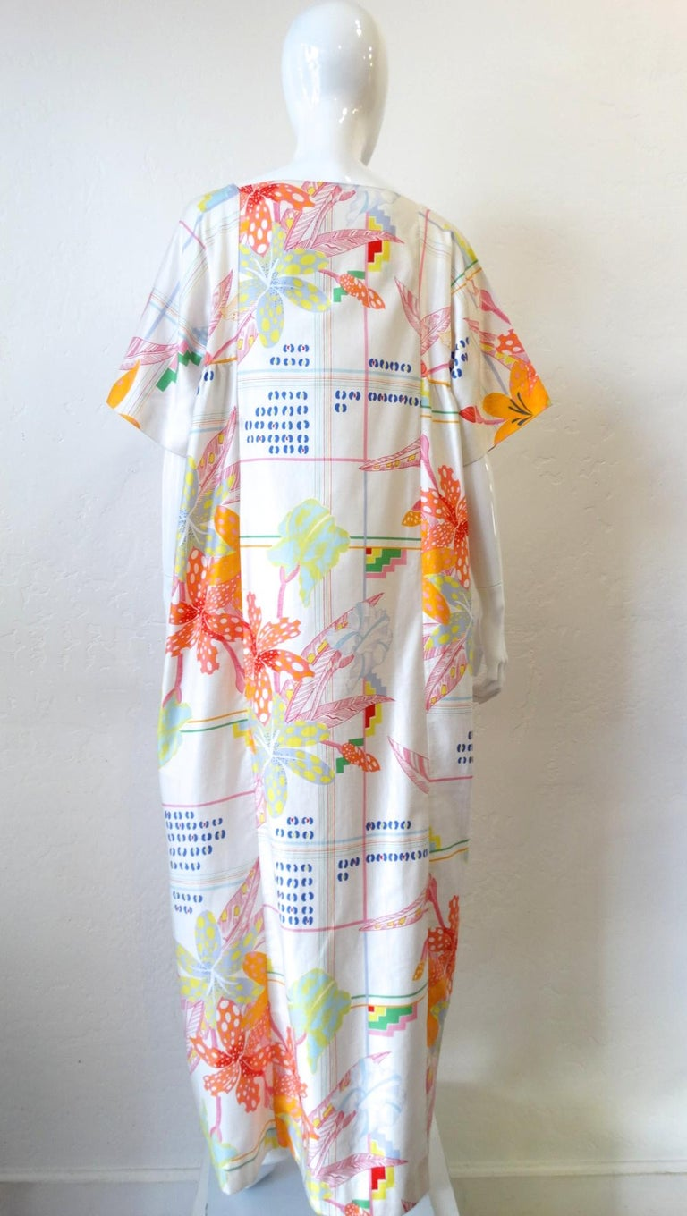1970s Christian Dior Abstract Floral Lounge Dress For Sale 2