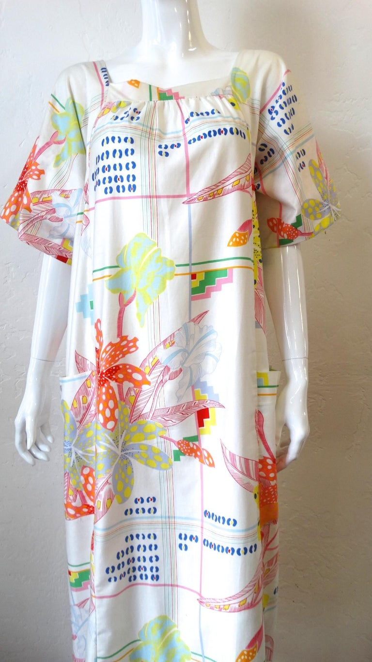 1970s Christian Dior Abstract Floral Lounge Dress For Sale 4