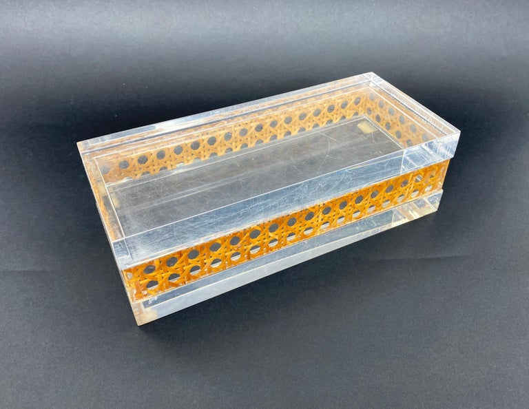1970s Christian Dior Lucite Decorative Box with Wicker Rattan Canework, France For Sale 6
