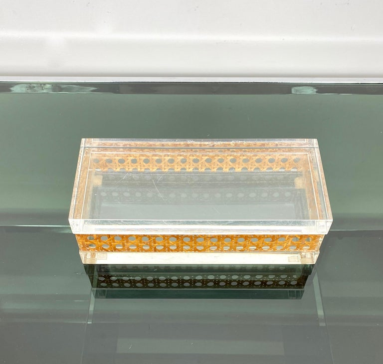 1970s Christian Dior Lucite Decorative Box with Wicker Rattan Canework, France For Sale 2
