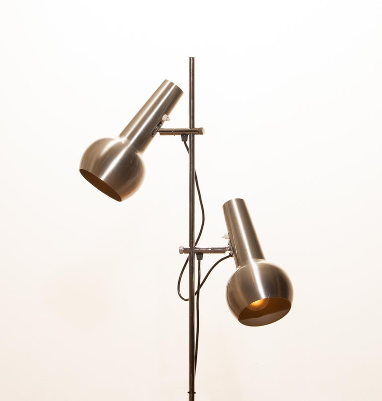 1970s, Chrome and Aluminum Double Shade Floor Lamp by Koch & Lowy In Good Condition In Silvolde, Gelderland