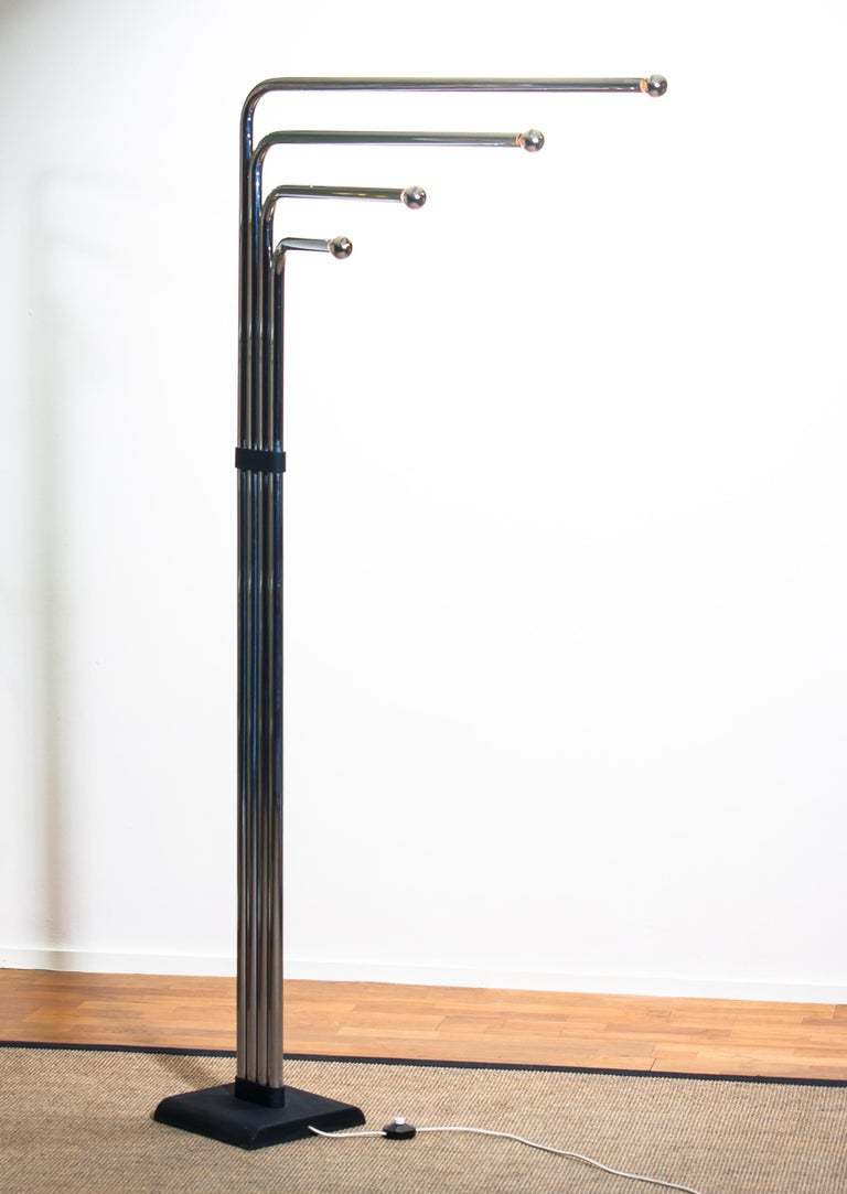 Metal 1970s Chrome and Black Tube Floor Lamp by Goffredo Reggiani for Reggiani, Italy For Sale
