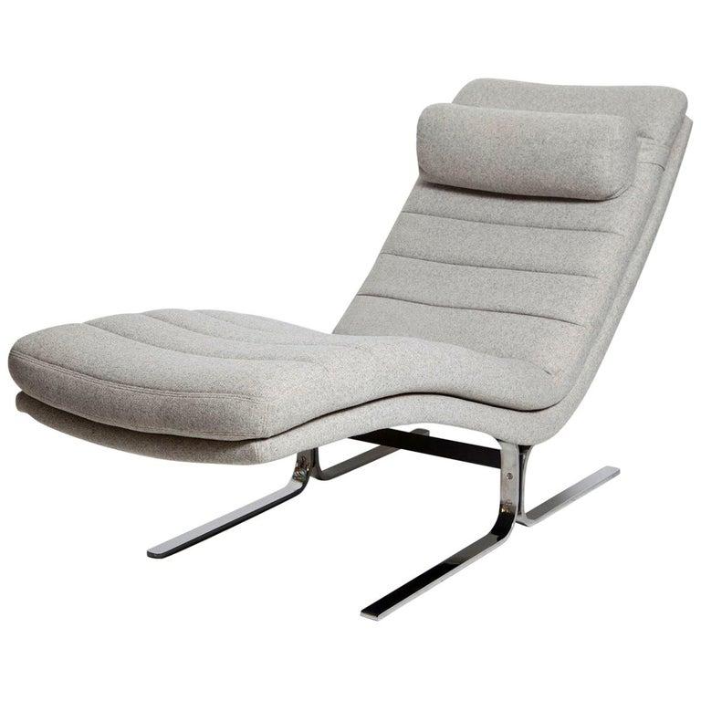 1970s Chromed Steel Chaise Longue by Brayton International For Sale