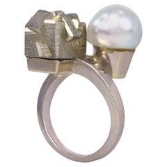 1970s Claude de Muzac French Pearl Pyrite Grey Gold Toi et Moi Ring