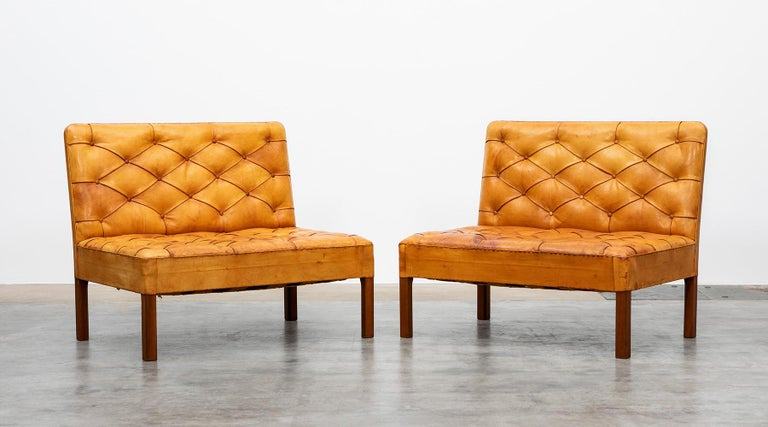 Mid-Century Modern 1970s Cognac Leather and Mahogany Pair of Sofa Units by Kaare Klint For Sale