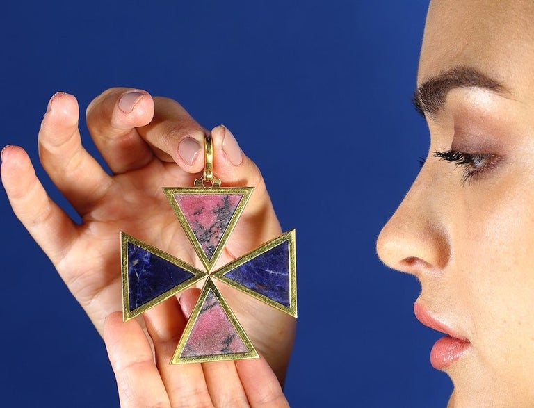 Women's or Men's 1970s Cross Yellow Gold Lapis Lazuli Oversized Pendant Necklace For Sale