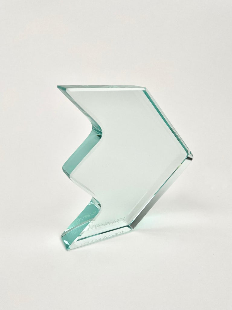 1970s Crystal Paperweight Sculpture by Fontana Arte for ISTUD, Italy In Good Condition For Sale In Rome, IT
