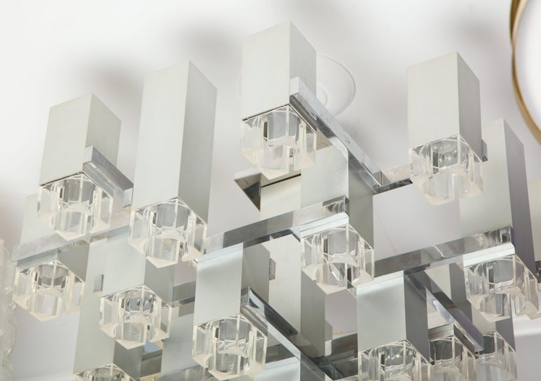 1970s Cubist Chandelier by Gaetano Sciolari In Excellent Condition For Sale In New York, NY