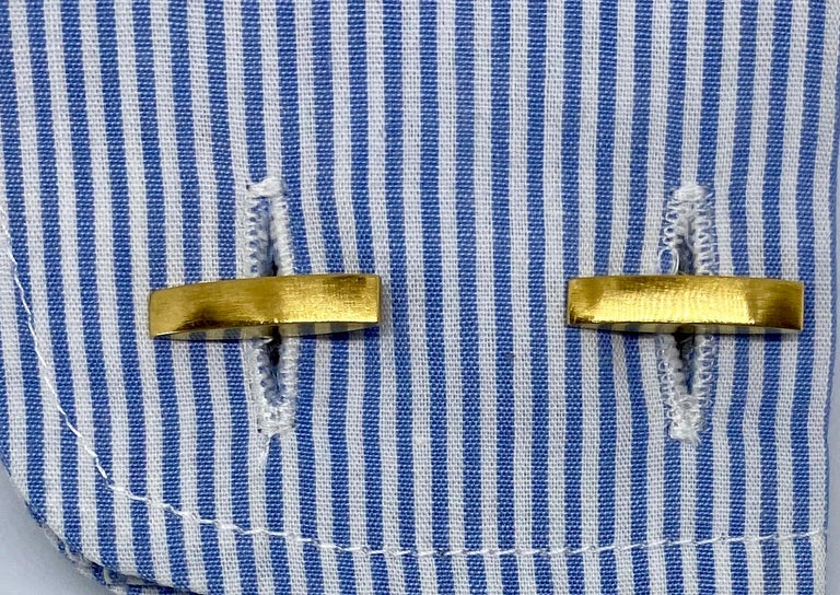 1970s Cufflinks in 18 Karat Yellow Gold with Carved Tiger's Eye Domes For Sale 2