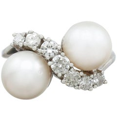 1970s Cultured Pearl and 1.04 Carat Diamond, White Gold Twist Ring