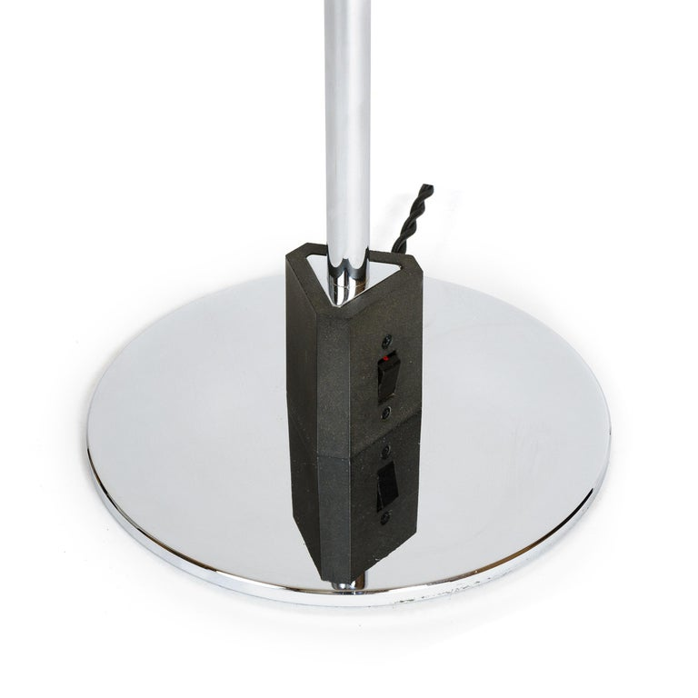 Lacquered 1970s Danish Desk Lamp by Poul Henningsen For Sale