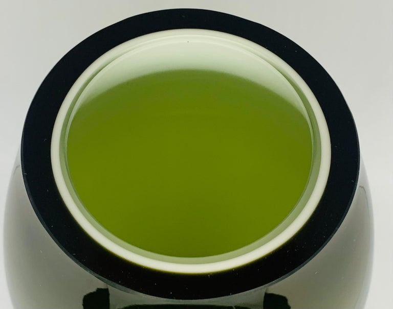 1970s Danish Hand Blown Holmegaard Encased Green Glass Hourglass Shaped Vase For Sale 5