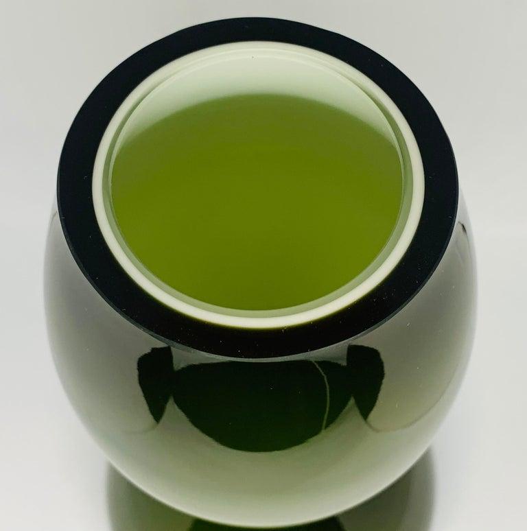 1970s Danish Hand Blown Holmegaard Encased Green Glass Hourglass Shaped Vase For Sale 7