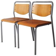 1970er Jahre Dänische Industrielle Stapel Stühle