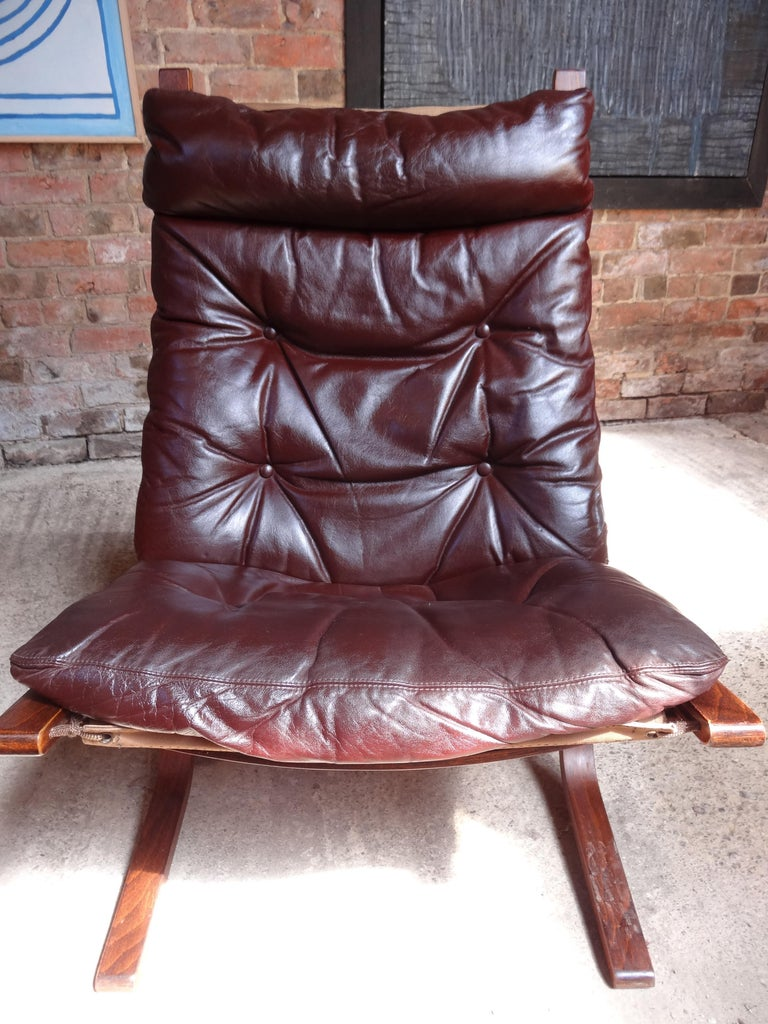 Mid-Century Modern 1970s Danish Ingmar Relling brown leather armchair For Sale