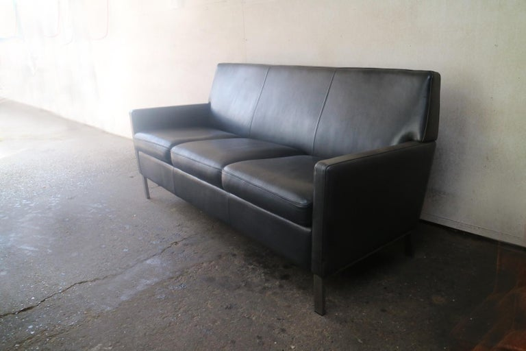 Mid-Century Modern 1970s Danish Midcentury Leather Sofa For Sale