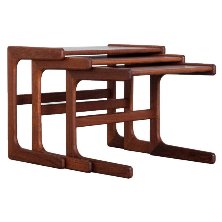 1970s Danish Modern Nesting Tables, Set of 3 For Sale
