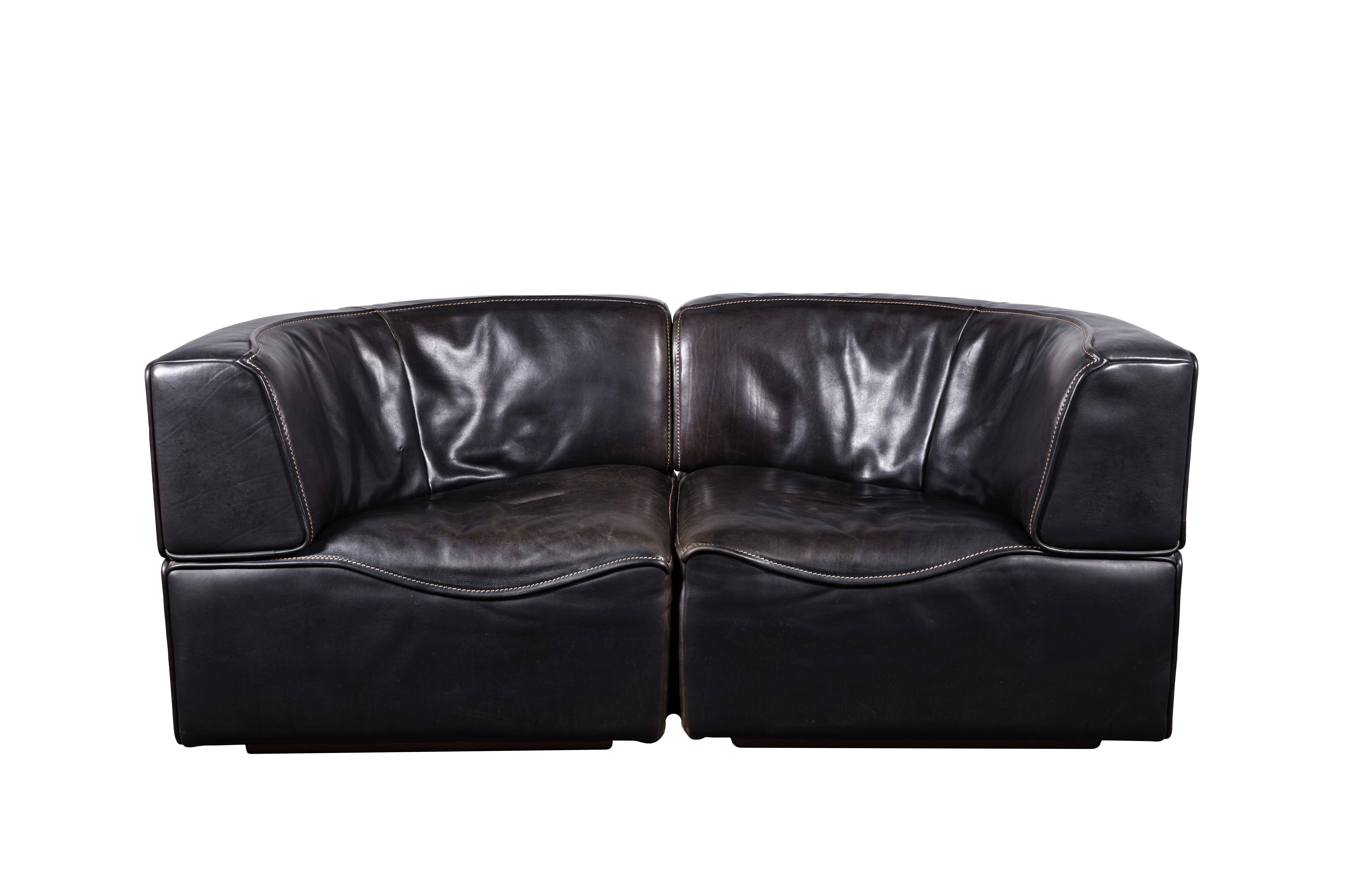 1970s De Sede DS-15 Swiss Sectional Sofa Loveseat in Patinated Black Leather