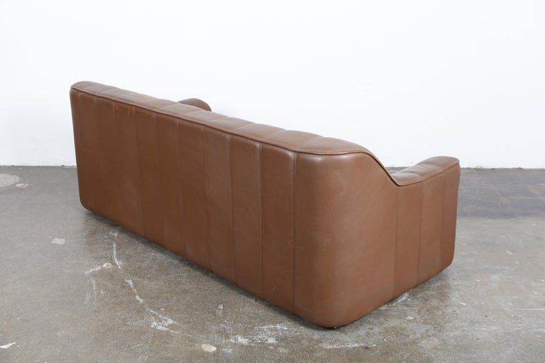 Mid-Century Modern 1970s De Sede Leather 3-Seat Sofa 'Model DS 44' from Switzerland For Sale