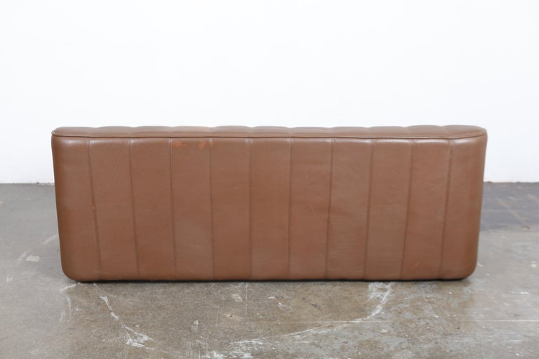 Swiss 1970s De Sede Leather 3-Seat Sofa 'Model DS 44' from Switzerland For Sale